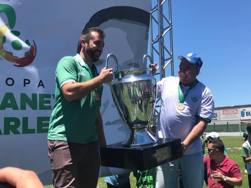 Guilherme e Jair Eich, dois dos dirigentes mais vitoriosos da história do Avenida
