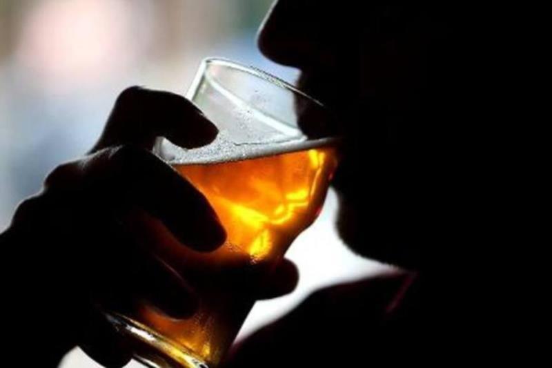 Arauto Saúde: saiba sobre os efeitos do álcool