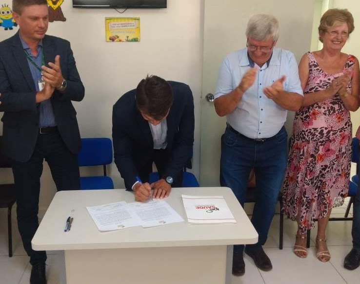 Hospital Monte Alverne e IPE firmam convênio