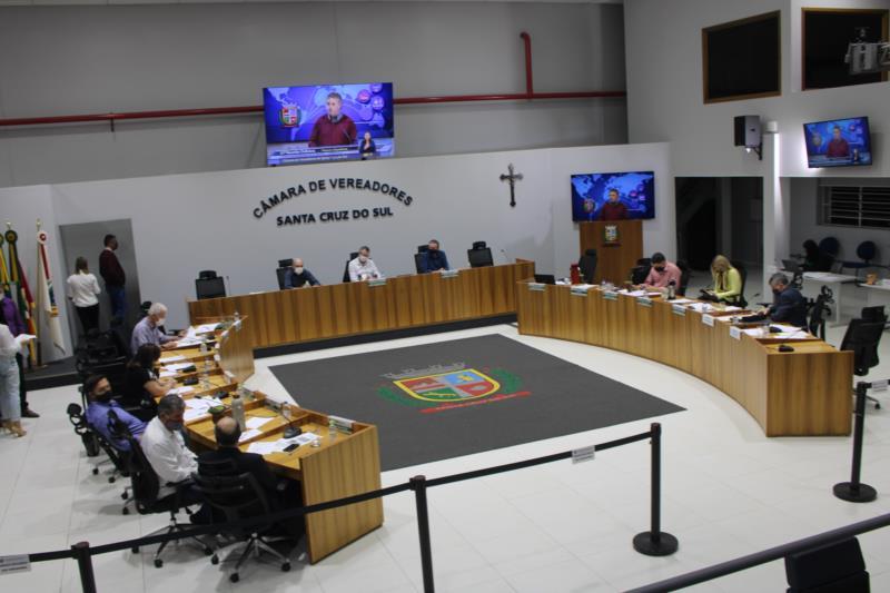 Proposta foi apresentada pela Comissão de Finanças e Orçamento na sessão desta segunda-feira