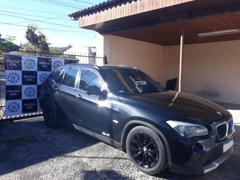 Polícia Civil de Vera Cruz apreende BMW de integrante de facção