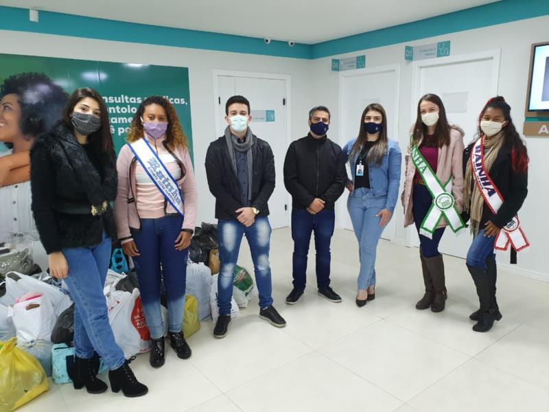 Em gesto de solidariedade, clínica de Santa Cruz aposta em campanha de doação de roupas