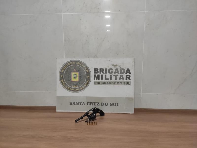 Arma apreendida pela BM