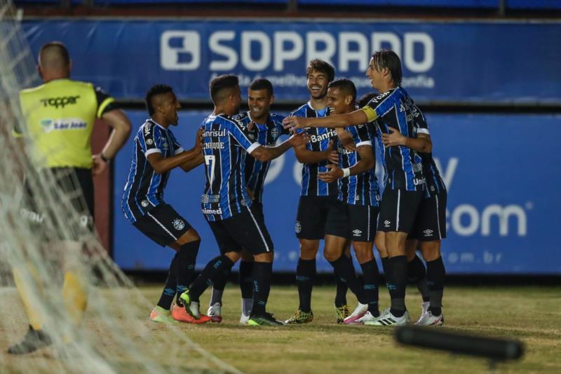 Grêmio vence o Caxias e tem vantagem na grande decisão do Gauchão