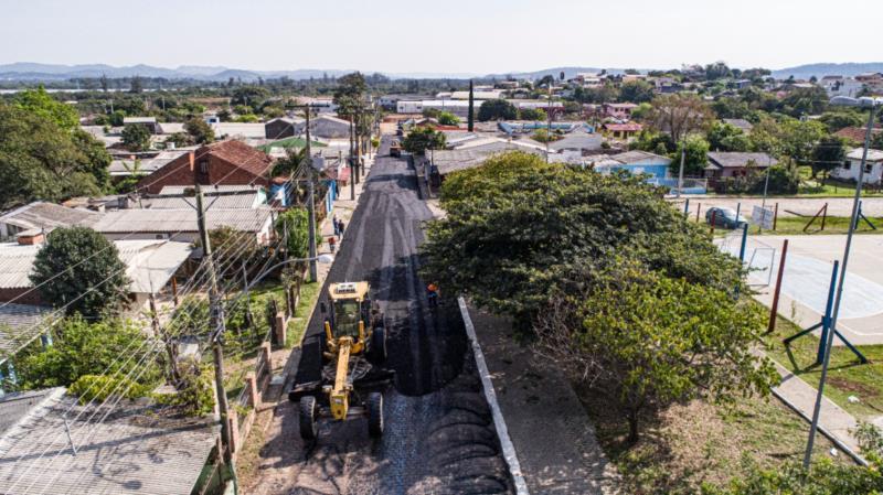 Prefeitura de Santa Cruz inicia pavimentação de ruas no Bairro Bom Jesus