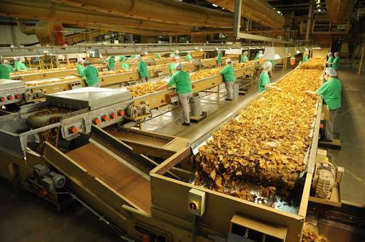 Indústria puxa contratações, mas comércio tem saldo negativo no Vale do Rio Pardo