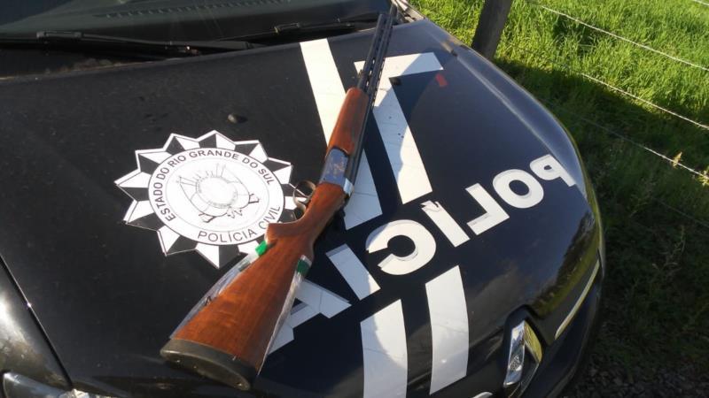 Arma é encontrada na casa de suspeito de homicídio em Venâncio Aires
