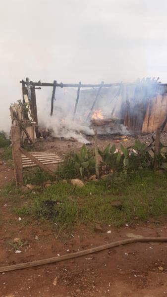 Incêndio destruiu completamente a casa