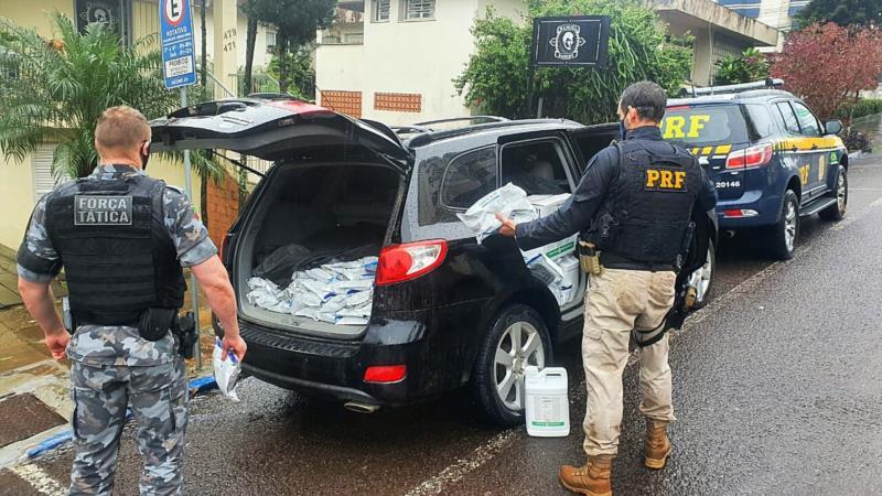 Prisão aconteceu após ele desobedecer ordem de parada e tentar atropelar os policiais