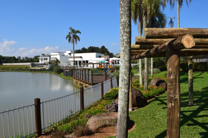 Área verde no Condomínio Serra Azul