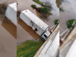 Retirada de caminhão vai bloquear totalmente trânsito na RSC-287