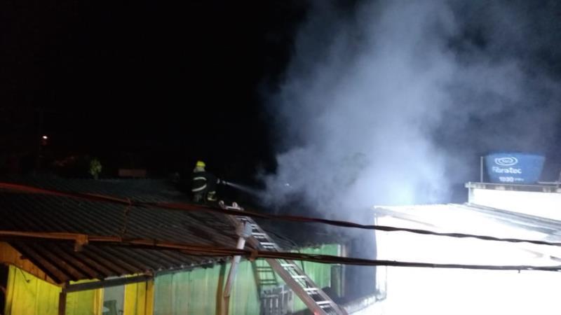 Sinistro foi registrado por volta das 23h desta segunda-feira na Avenida Getúlio Vargas