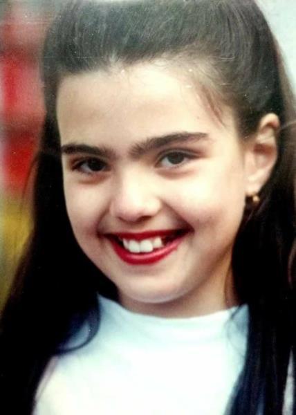 Ariane Novello durante a infância