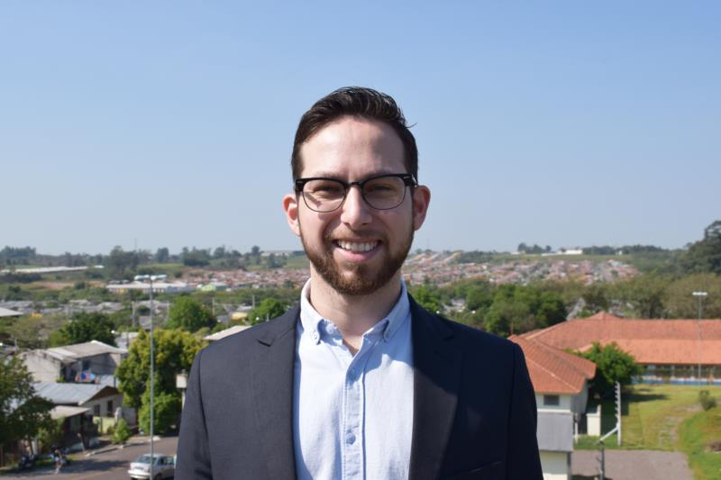 """""""Queremos uma Santa Cruz da gente, um município em que cabem todos"""", diz Frederico de Barros"""