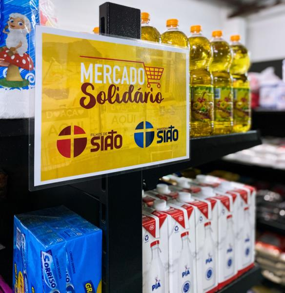 Comunidade carente de Santa Cruz contará com Mercado Solidário a partir de sábado. Veja fotos