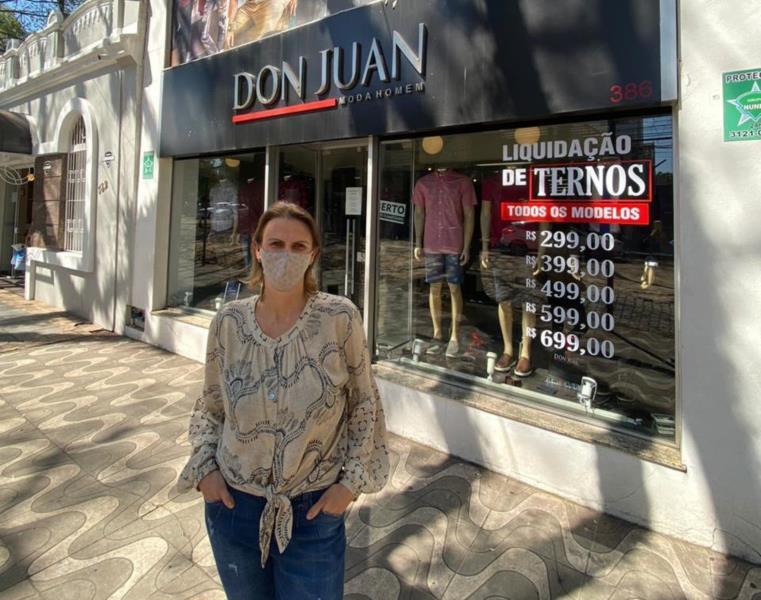 Simone May, proprietária da loja Don Juan