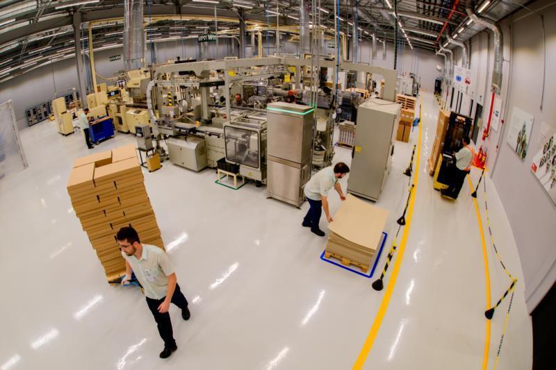 Empresa também projeta processo primário de fabricação de cigarros, que deve operar em breve