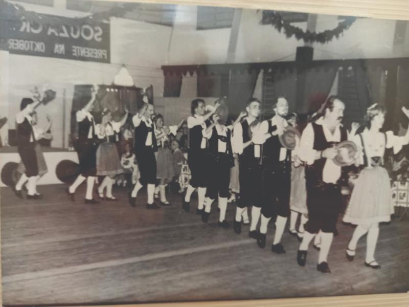 Grupo Polka foi o precursor dos grupos folclóricos em Santa Cruz, no ano de 1980