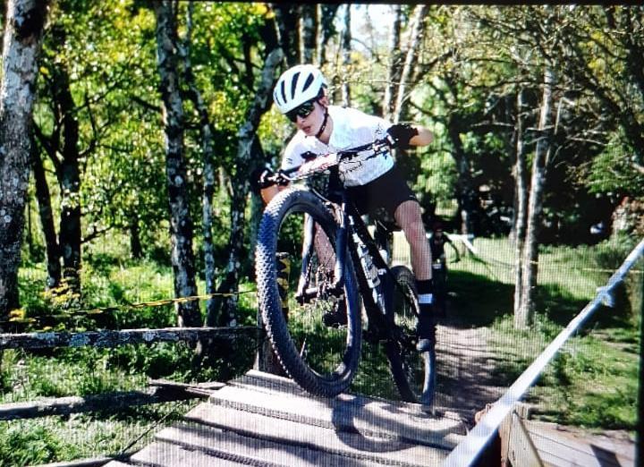 Atleta da equipe Diversoul Bike de Santa Cruz do Sul, vem chamando atenção no esporte, pelos diversos títulos que vem conquistando