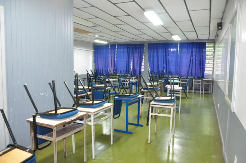 A partir do dia 21, parte dos alunos volta a ocupar classes