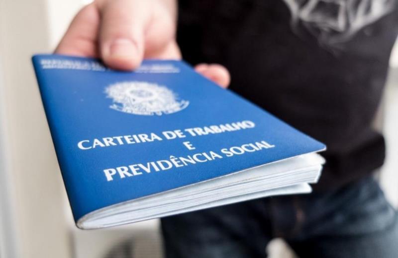 Número de encaminhamentos de seguro-desemprego cai nos últimos meses em Santa Cruz e Vera Cruz