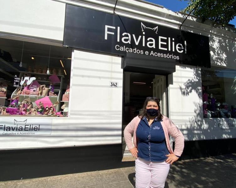 Flávia Eliel completa cinco anos em Santa Cruz