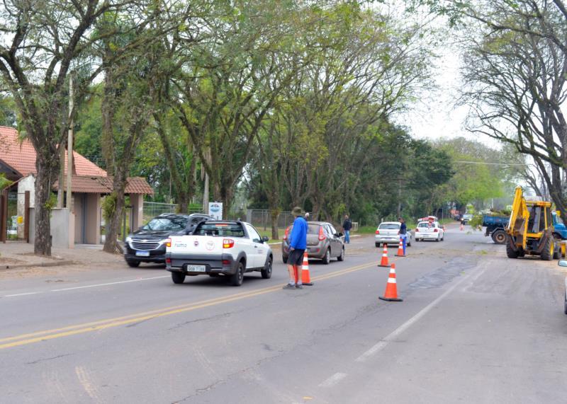 Trânsito no local está lento, exigindo mais atenção por parte dos condutores