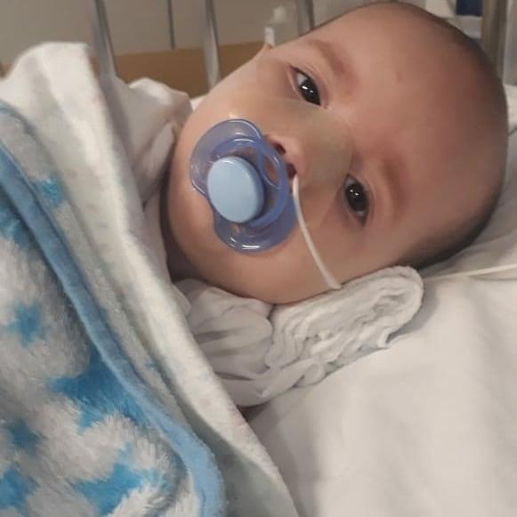 Enzo tem um ano e sete meses e é natural de Novo Haburgo