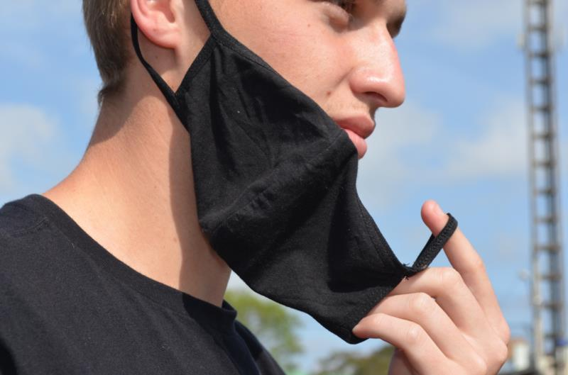 Pequisa revelou que uso de máscara está menos frequente