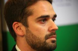 Eduardo Leite rebate declaração de Bolsonaro sobre vacina