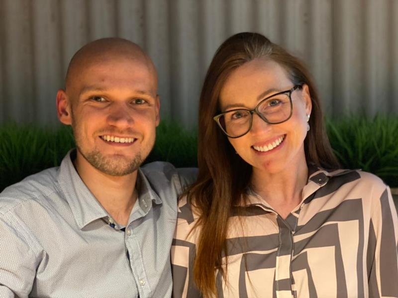 Wilson Brauwers e Daniela Kliemann, administradores de lojas da Rede de Óticas Mercadão dos Óculos