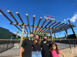 Com amplo cardápio de lanches, Badauê Bar terá um quintal até dezembro no Arroio Grande
