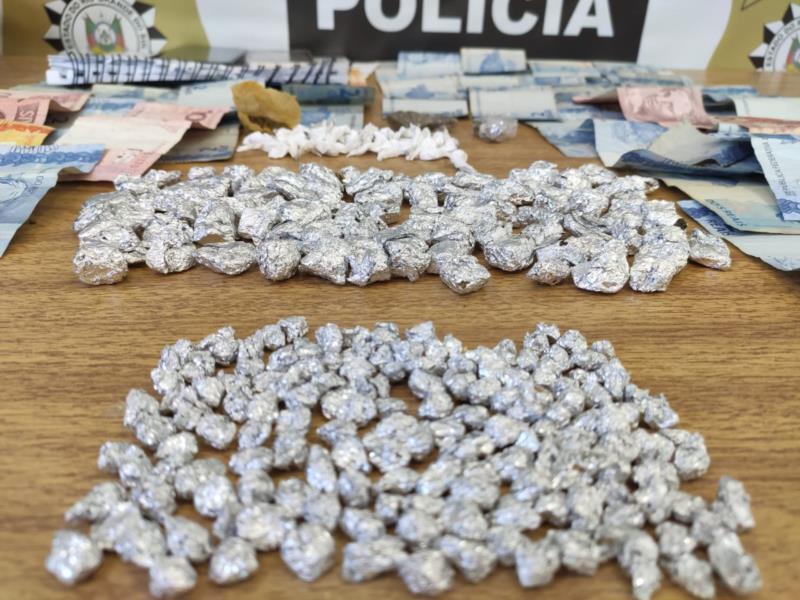 Grande quantidade de droga foi apreendida nesta sexta-feira