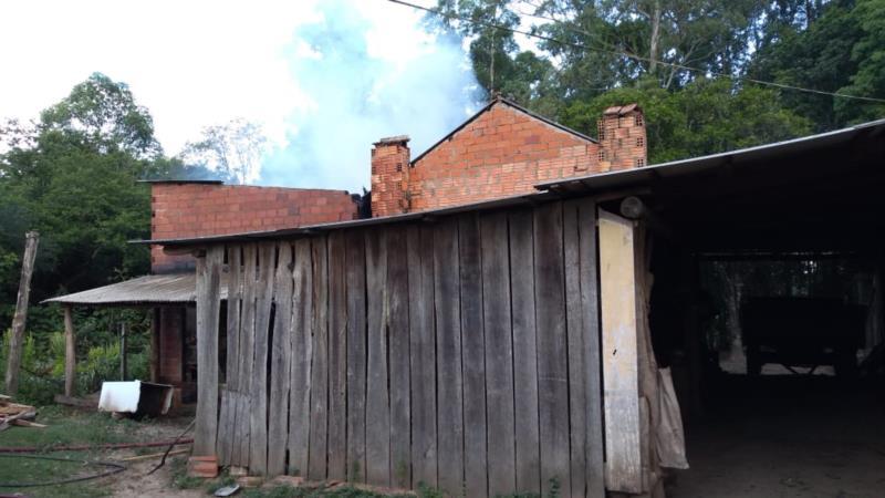Incêndio destrói 40 arrobas de tabaco em Candelária