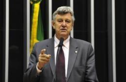 """""""Foi meu parceiro. Defendíamos a questão da fumicultura e outros interesses da região"""", destaca o senador Luiz Carlos Heinze"""