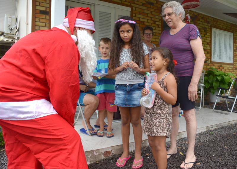 Natal: época em que a alegria e a solidariedade se encontram