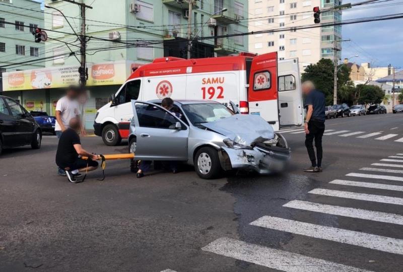 Samu realizou o atendimento no local do acidente