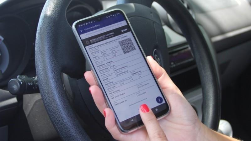 Documentos de propriedade e de licenciamento serão unificados, por decisão federal, no app Carteira Digital de Trânsito