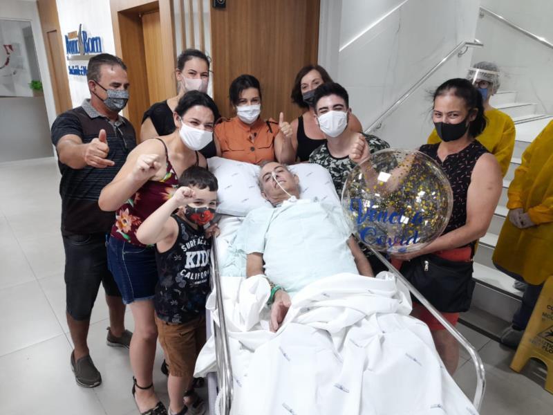Por conta do coronavírus, paciente de 52 anos chegou a ficar entubado por 66 dias na Ala Covid do Hospital Bruno Born