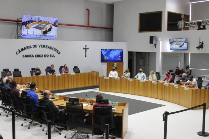 Vereadores aprovam alteração alterações na estrutura administrativa do Executivo