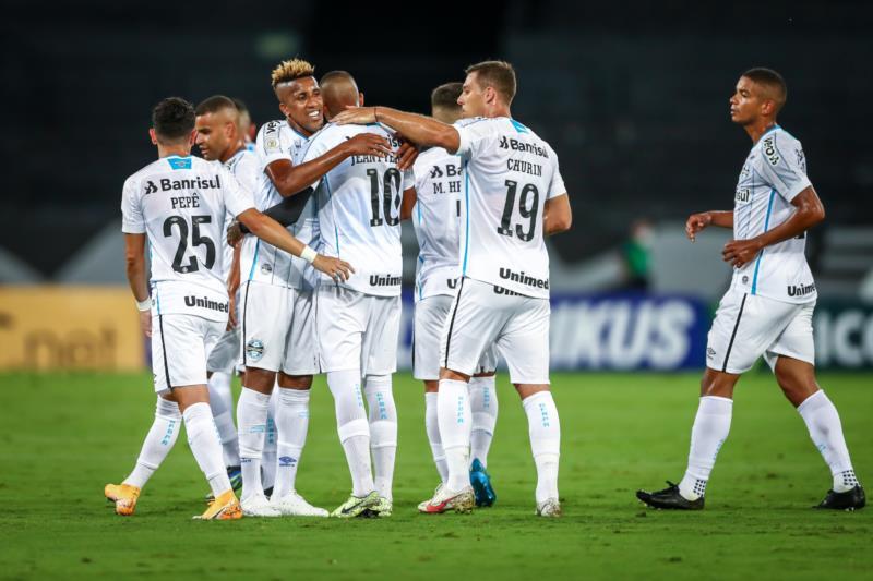 Fora de casa, Grêmio vence o Botafogo por 5 a 2