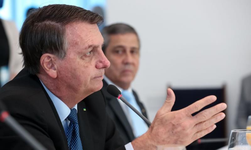 Bolsonaro disse que ainda não sabe qual será o valor do benefício