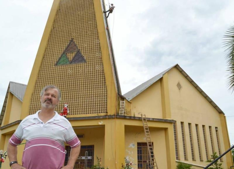 Corpo do padre Paulo Mayer será velado na manhã desta terça