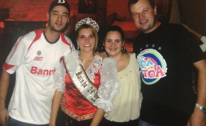 Em 2008, Janine Alves de Paiva, representante do Bloco Toa Toa foi eleita rainha da 24ª Oktoberfest