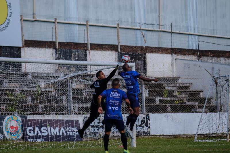 Confronto contra a equipe do São Luiz foi realizado no Estádio dos Plátanos