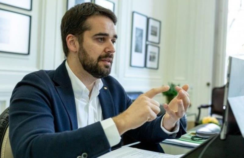 Eduardo Leite se reuniu com prefeito nesta manhã