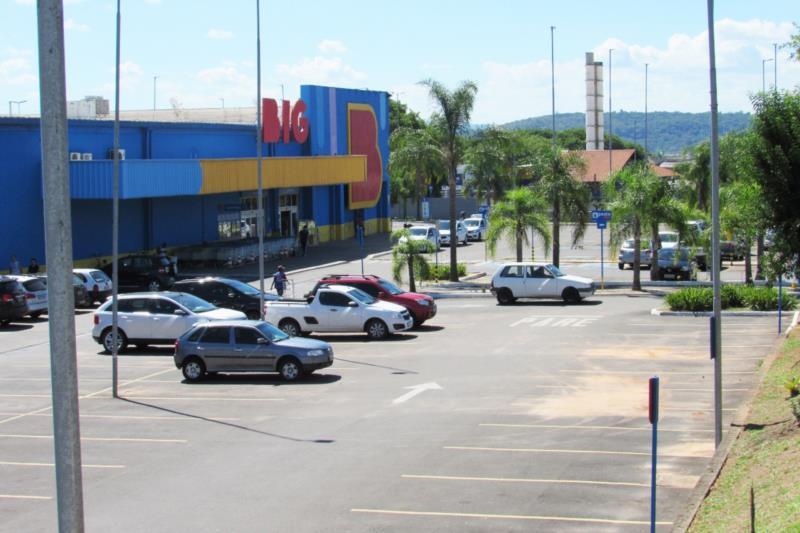 Outro local é o Estacionamento do Big na Ernesto Alves
