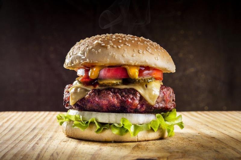 Vendas dos hambúrgueres irão ocorrer no dia 9 de abril