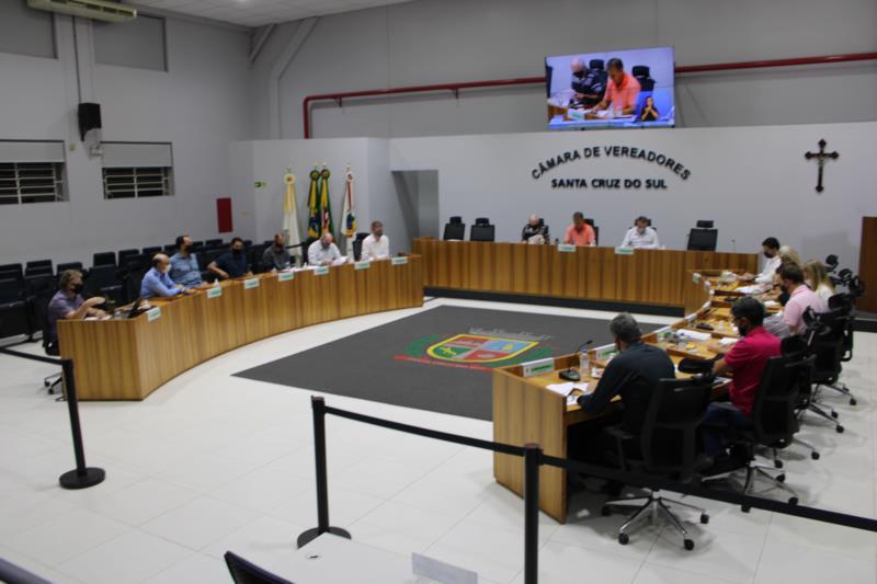 Sessão será restrita aos vereadores e poderá ser acompanhada pelo Canal 16 da NET, Youtube e página do Legislativo no Facebook