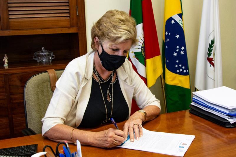 Os recursos, que serão repassados em parcela única pelo Município à entidade, são oriundos de emenda parlamentar